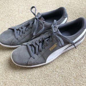 PUMA Gray Soft Foam Tennis Shoes women's size 10